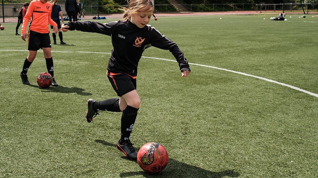 Football féminin dès 8 ans