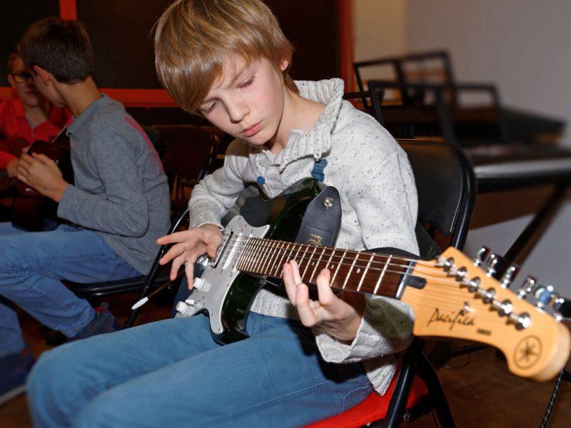 Guitare moderne